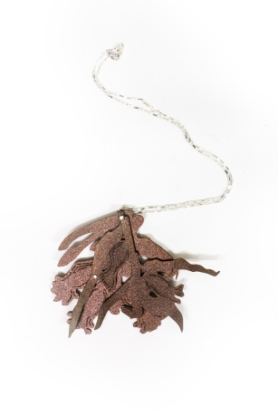 brown cluster necklace